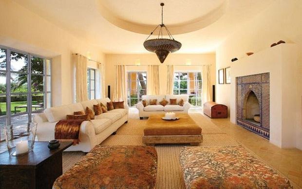 Có gì bên trong biệt thự xa hoa giá tới 320 triệu đồng/đêm mà Cristiano Ronaldo chọn để nghỉ dưỡng cùng gia đình? - Ảnh 5.