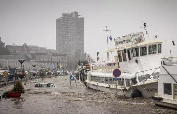 Ít nhất 60 người tử vong và hơn 70 người mất tích sau đợt mưa lớn chưa từng thấy ở Đức và Bỉ - Ảnh 7.
