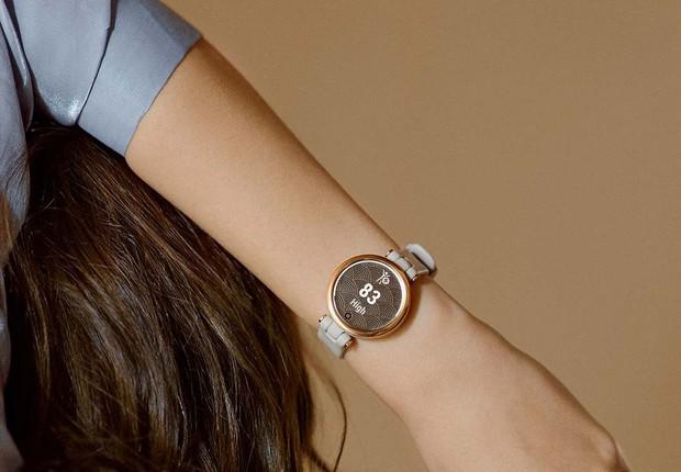 Từ 2,8 triệu, đây là loạt smartwatch sang - xinh - xịn dành riêng cho các nàng bánh bèo năng động - Ảnh 1.