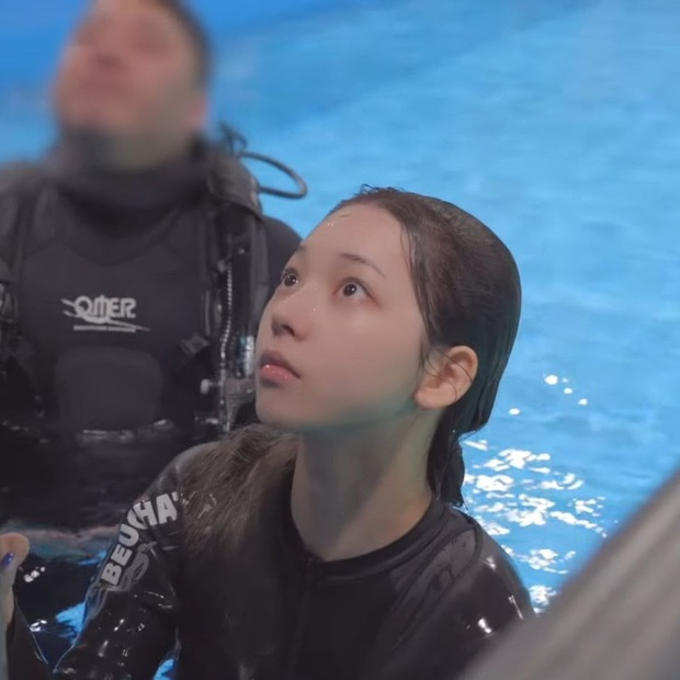 Idol thị phi Karina (aespa): Từ bị chê gương mặt cứng đơ đến danh hiệu nữ thần AI với vẻ đẹp siêu thực - Ảnh 29.