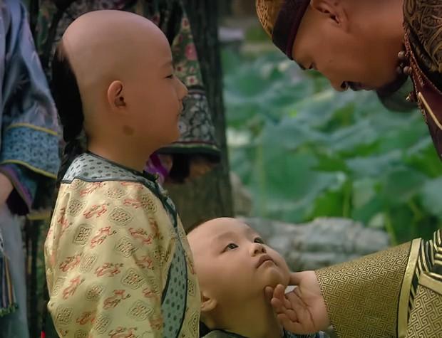 Chân Hoàn đã bị hoàng đế phát hiện ngoại tình từ lâu, bằng chứng tí tẹo có trên người đứa bé chứ đâu! - Ảnh 4.
