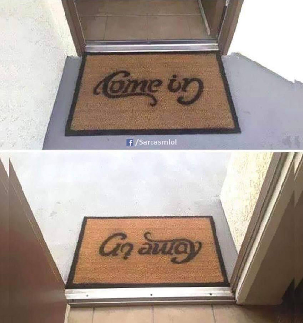 Đặt tấm thảm in một dòng chữ ngay trước cửa ra vào, cửa hàng gây bão toàn thế giới vì màn cà khịa khách cực thâm sâu - Ảnh 2.