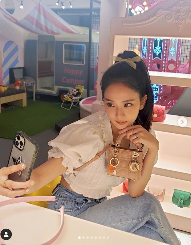 Jisoo (BLACKPINK) được phong là nữ hoàng công nghệ vì chỉnh ảnh bằng điện thoại quá đỉnh, 5 triệu like cũng xứng đáng! - Ảnh 1.