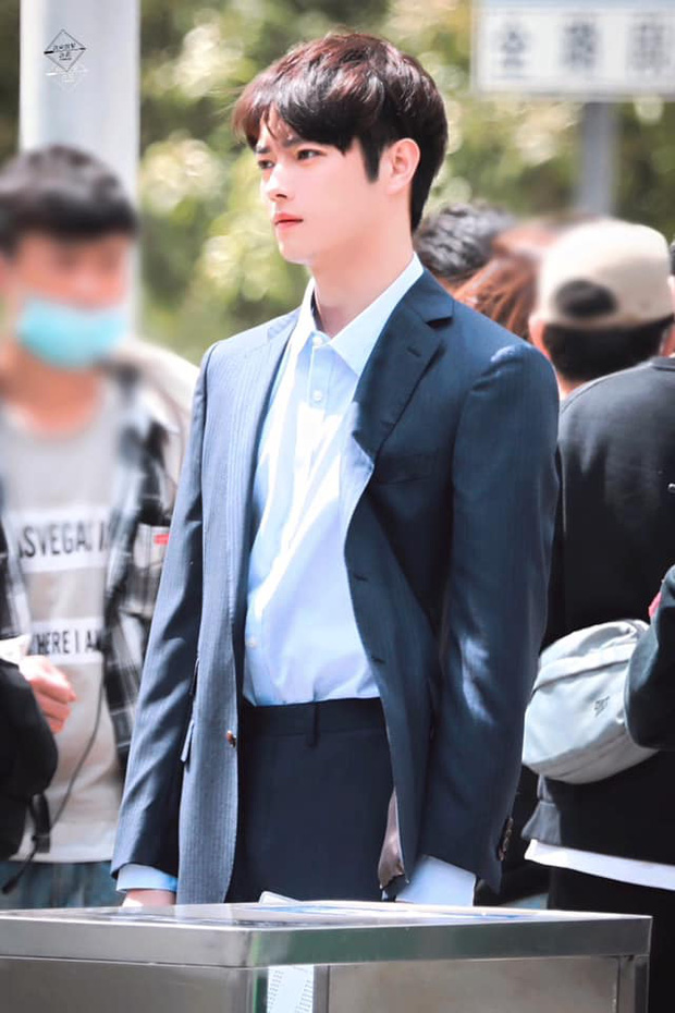 Hứa Khải lần đầu để tóc nấm như trai Hàn trên phim, trẻ đẹp thơm bơ nhưng fan sợ anh thành con Dương Mịch mất! - Ảnh 6.