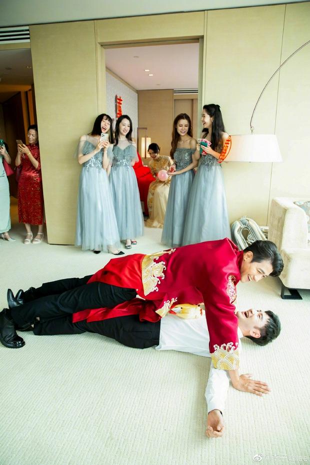 Đám cưới hot nhất Cbiz hôm nay: Dạ Hoa từng cắm sừng Trương Thiên Ái tổ chức hôn lễ sau 1 tháng cầu hôn bạn gái - Ảnh 5.