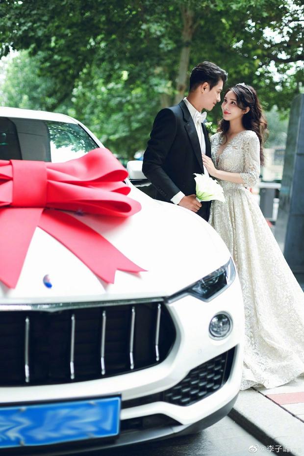 Đám cưới hot nhất Cbiz hôm nay: Dạ Hoa từng cắm sừng Trương Thiên Ái tổ chức hôn lễ sau 1 tháng cầu hôn bạn gái - Ảnh 9.