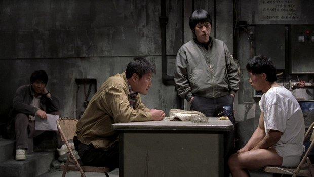 Mất ngủ với 7 phim kinh dị dựa trên thảm kịch có thật: Vụ án sát nhân hàng loạt đầu tiên của Hàn Quốc cũng chưa gớm bằng bí ẩn quỷ ám - Ảnh 6.