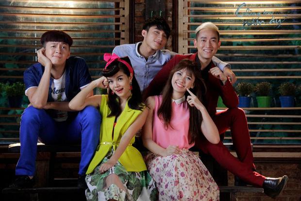 Sơn Tùng M-TP ngẫu hứng cosplay Đình Phong cover hit Chàng Trai Năm Ấy, phản ứng của Phạm Quỳnh Anh gây chú ý - Ảnh 6.