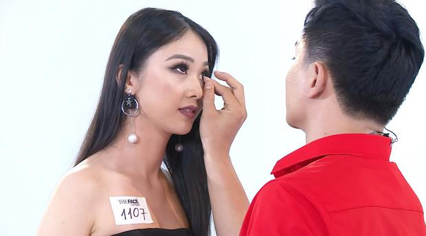 Những lần nhói đau của các cô gái khi bị GK Nam Trung bôi chân mày và tháo mi giả, make-up quan trọng đến vậy sao? - Ảnh 10.