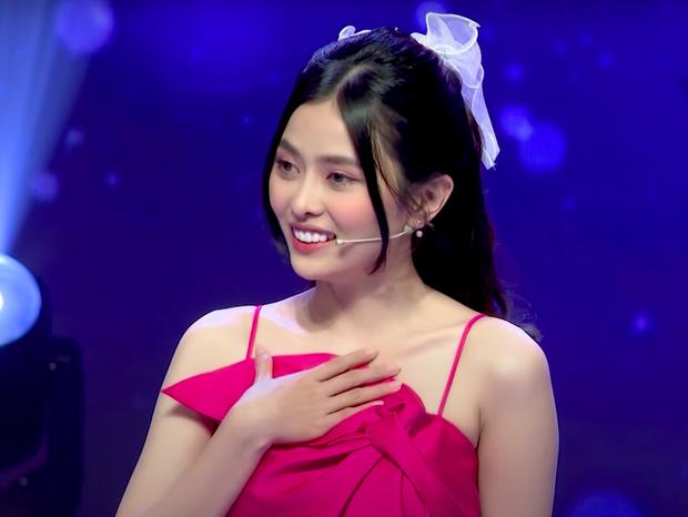 Bị Phí Ngọc Hưng từ chối ở show hẹn hò, em gái Zero9 bất ngờ nhận lời một chàng trai khác ngay trên sân khấu! - Ảnh 1.