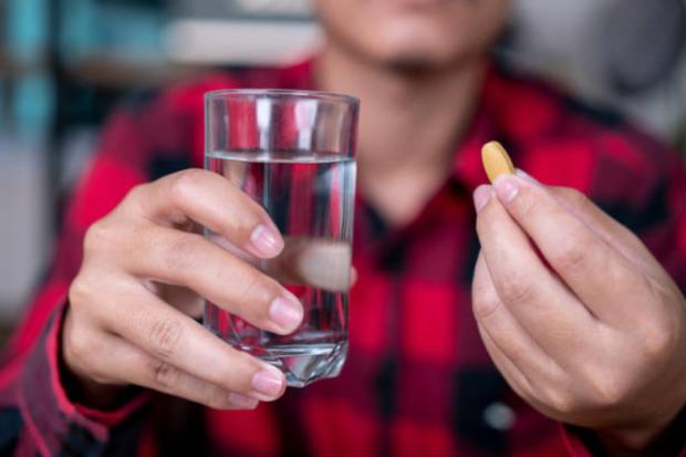 4 nhóm người không nên uống quá nhiều nước, chẳng những vô ích mà còn có hại cho sức khỏe, thậm chí gây nhiễm độc nước - Ảnh 4.