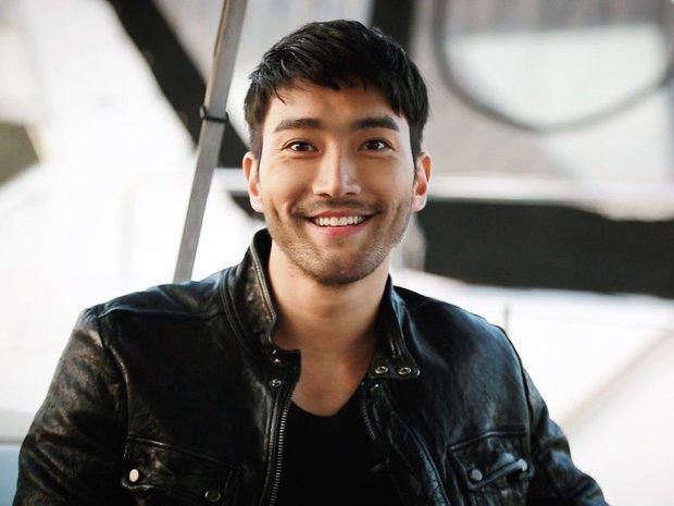 Siwon (Super Junior) bất ngờ nuôi râu xồm xoàm: Fan sốc visual hàng loạt, tưởng ông chú... mới ở rừng ra - Ảnh 7.