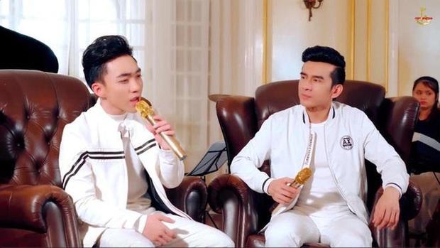 Đan Trường và Trung Quang thường xuyên mặc đồ đôi, trò cưng khẳng định nam ca sĩ là người thầy quan trọng nhất - Ảnh 4.