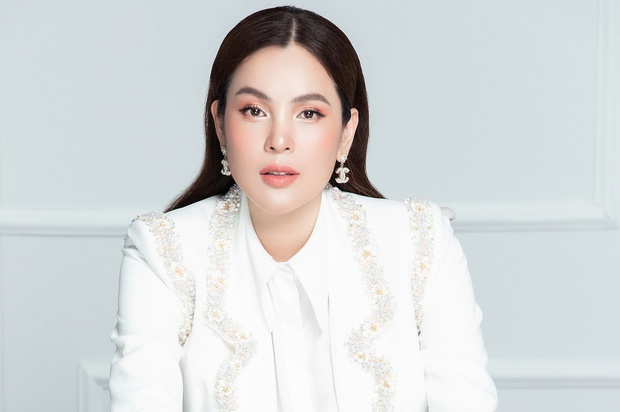 Hoa hậu ở nhà 200 tỷ bàn về chuyện ly hôn của Đan Trường, nói gì chuyện tiền bạc mà nhận gạch đá từ netizen? - Ảnh 4.