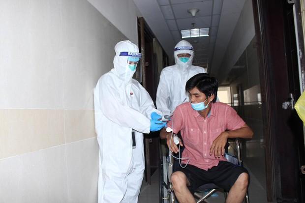 Hàng nghìn F0 đang điều trị đòi xuất viện về nhà cách ly - Ảnh 2.