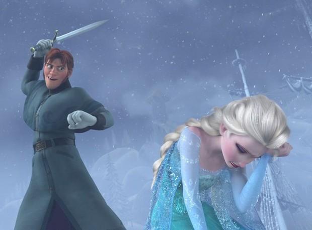 6 sai lầm Disney nhắm mắt cho qua: Elsa đáng lẽ đã chết, thảm khốc nhất chính là sự dã man của Hercules với vợ con - Ảnh 4.