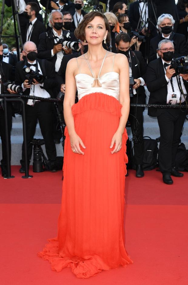 Thảm đỏ bế mac LHP Cannes: Mỹ nhân Captain Marvel mặc kín mà nổi nhất, dàn sao hở bạo không kiêng dè đọ sắc ác liệt  - Ảnh 19.