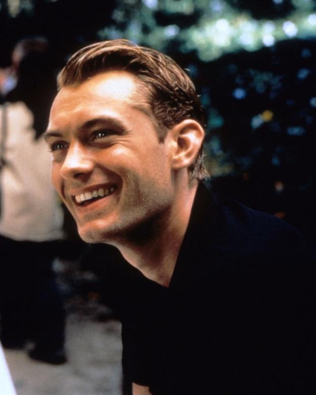 Dàn mỹ nam huyền thoại giờ ra sao: Tom Cruise, Brad Pitt U60 vẫn phong độ, Leonardo bị ngải heo nhập chưa bằng loạt nam thần hói dần đều - Ảnh 39.