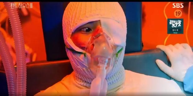 Netizen bóc phốt vết bỏng giả trân của Logan Lee ở Penthouse 3, dính bom mà thế bảo sao không hồi sinh vội - Ảnh 1.