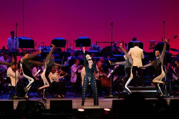 Như chưa từng có dịch: 1 ngôi sao đã tổ chức concert hơn 17 nghìn khán giả không đeo khẩu trang, không cần giữ khoảng cách gì nữa! - Ảnh 3.