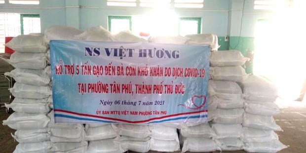 Bị xỉa xói kinh doanh nghề từ thiện giữa mùa dịch, Việt Hương đáp căng và sẵn sàng đối chất với cơ quan chức năng - Ảnh 3.