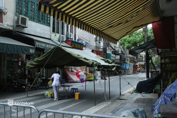 Hải Phòng ghi nhận 1 ca dương tính SARS-CoV-2, đi giao hàng và tiếp xúc F0 tại phố Hàng Mắm, Hà Nội - Ảnh 1.