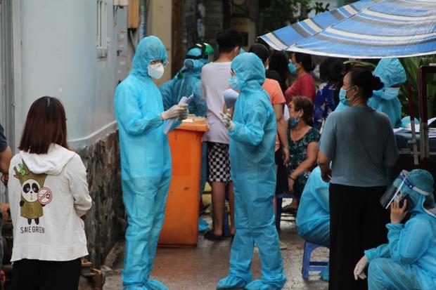 Ngày 19/7, Việt Nam ghi nhận 4.195 ca mắc COVID-19, riêng TP.HCM có 3.074 ca - Ảnh 1.