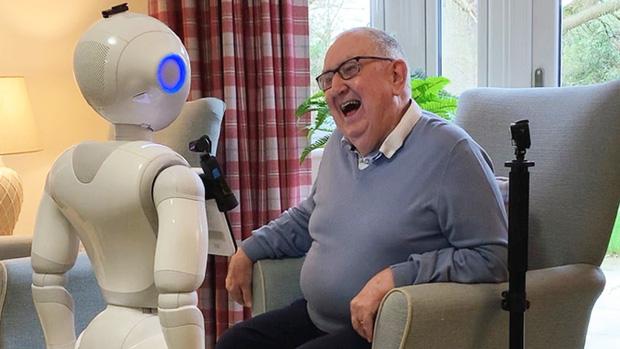 Robot siêu trí tuệ Pepper bị sa thải ở nhiều quốc gia, điều gì khiến các nhà sản xuất phải cúi đầu xin lỗi: Chúng tôi cũng bất lực rồi! - Ảnh 10.