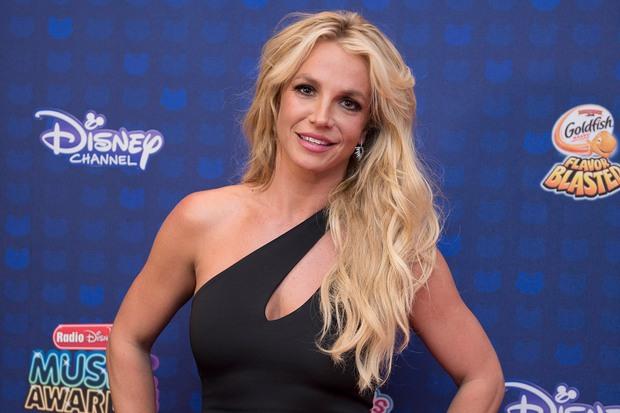 Cựu vệ sĩ của Britney Spears hé lộ tình tiết gây sốc: Nữ ca sĩ bị bắt uống 1 cốc ma túy mỗi tuần, 3 loại thuốc thần kinh và thuốc tránh thai - Ảnh 5.