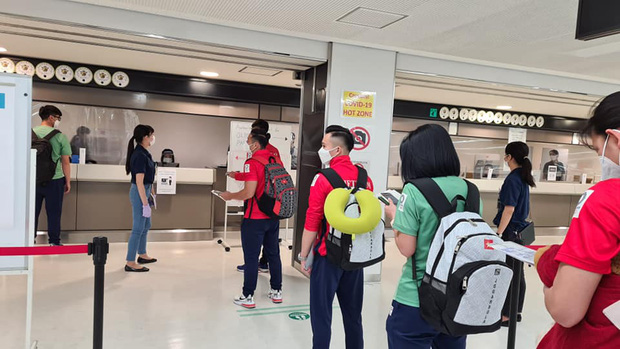 Đoàn thể thao Việt Nam đã tới Tokyo an toàn, tiến hành kiểm tra y tế trước khi nhập làng VĐV - Ảnh 3.