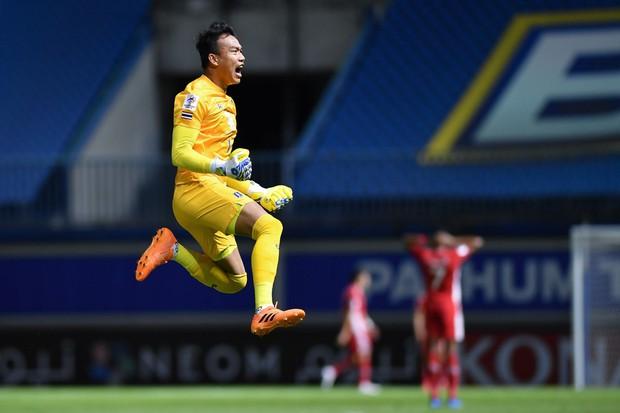 Viettel để thua 0-2 trước nhà vô địch Thái Lan tại giải đấu danh giá nhất châu Á cấp CLB - Ảnh 2.