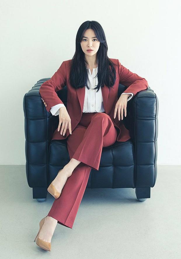 Giữa lúc Song Joong Ki lao đao vì phốt, Song Hye Kyo gây bão với nhan sắc đỉnh cao nhưng lại dính nghi án cà khịa? - Ảnh 7.