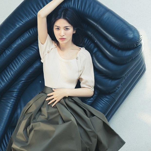 Giữa lúc Song Joong Ki lao đao vì phốt, Song Hye Kyo gây bão với nhan sắc đỉnh cao nhưng lại dính nghi án cà khịa? - Ảnh 5.