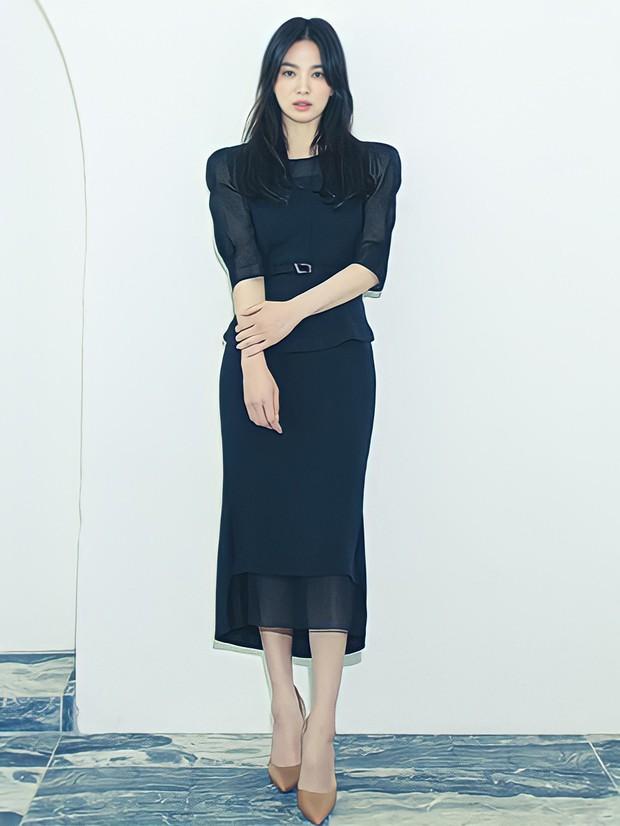 Giữa lúc Song Joong Ki lao đao vì phốt, Song Hye Kyo gây bão với nhan sắc đỉnh cao nhưng lại dính nghi án cà khịa? - Ảnh 9.