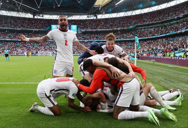Tứ kết EURO 2020: Đội tuyển nào sẽ thi đấu bùng nổ? - Ảnh 1.
