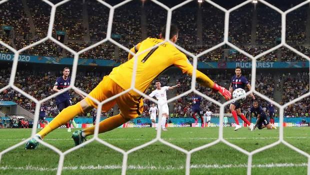 Tứ kết EURO 2020: Đội tuyển nào sẽ thi đấu bùng nổ? - Ảnh 3.