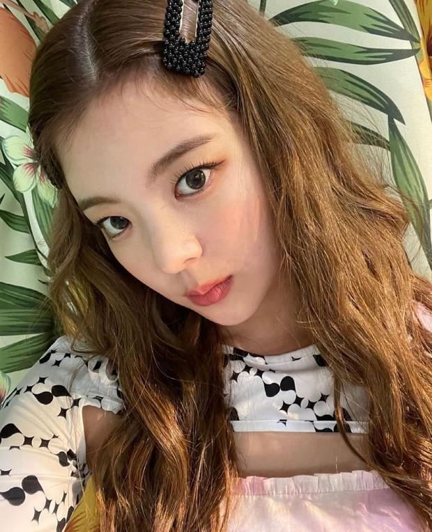 Scandal còn đó nhưng Lia (ITZY) vẫn tham gia dự án âm nhạc từ thiện, thản nhiên đăng selfie khiến Knet ném đá tới tấp - Ảnh 6.