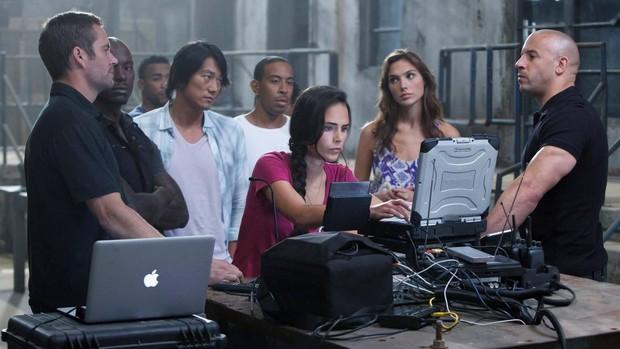 """Apple khéo léo """"gài"""" sản phẩm vào 10 bộ phim đình đám để quảng bá, riêng bộ cuối sẽ khiến iFan nức lòng! - Ảnh 5."""