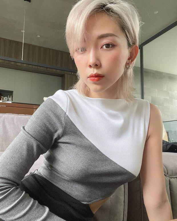 """Đồ local brand sao Việt vừa diện: Crop top của Linh Ka chỉ 240k, nội y sexy của Mẫn Tiên đang sale chị em """"múc"""" liền - Ảnh 11."""
