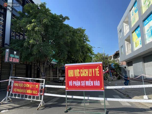 3 mẹ con chủ nha khoa nhiễm SARS-CoV-2, Đà Nẵng tạm đóng cửa chợ Siêu thị, xét nghiệm toàn bộ tiểu thương - Ảnh 7.