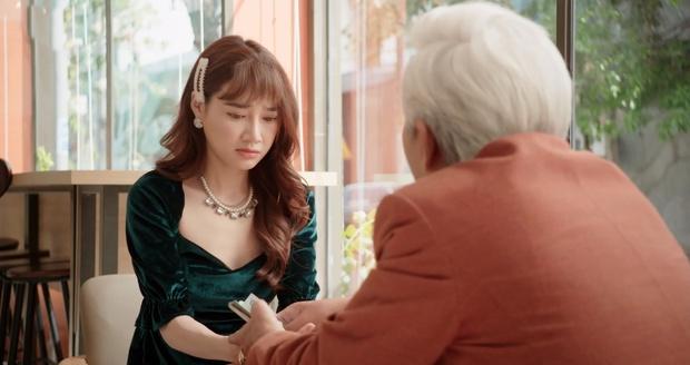 Nhã Phương lừa sugar daddy để lấy tiền cho trai trẻ, cái kết ngỡ ngàng khiến chị gái bỗng hoàn lương ở Cây Táo Nở Hoa - Ảnh 7.