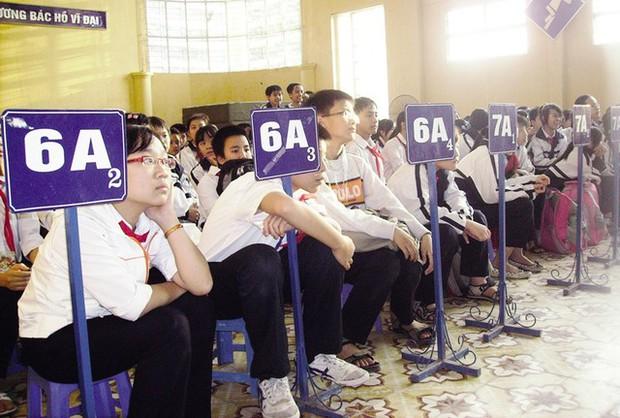 Tuyển sinh lớp 6 tại Hà Nội rối vì đa số học sinh chưa học xong lớp 5 - Ảnh 1.