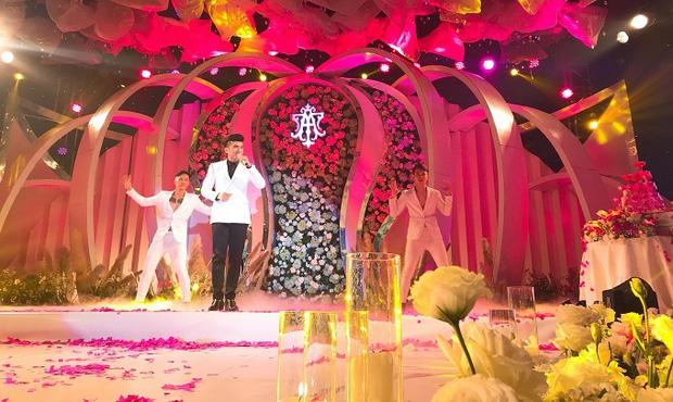 Đan Trường và Trung Quang từng biểu diễn đám cưới với cát-xê 500 triệu đồng, ông bầu tuyên bố Anh Bo có thù lao cao hàng đầu Vpop - Ảnh 1.