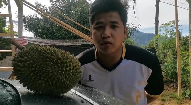 Trái sầu riêng này có gì đặc biệt mà giá lên tới 2,7 triệu đồng, đến cả Bộ trưởng Malaysia cũng muốn mua ăn thử? - Ảnh 1.