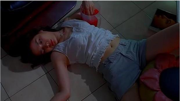 Nữ chính Hoa ngữ đầu tiên đóng cảnh nóng thật 100%: Thành nỗi nhục của gia đình, bố mẹ xấu hổ rồi qua đời trong 5 tháng - Ảnh 8.