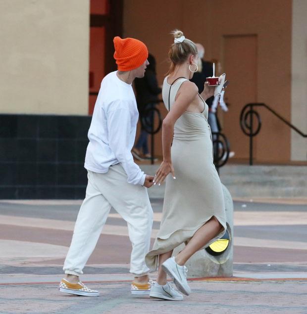 Tranh cãi những lần Justin Bieber bị tố thái độ lồi lõm với vợ: Bỏ quên kệ vợ ngã, la hét vào mặt cho đến choảng nhau quá trớn - Ảnh 12.