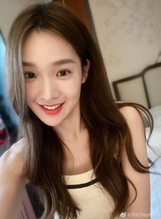 Hot nhất Naver sáng nay: Hé lộ danh tính tiểu tam khiến chồng cắm sừng bom sex xứ Hàn, người trong cuộc nói gì? - Ảnh 3.