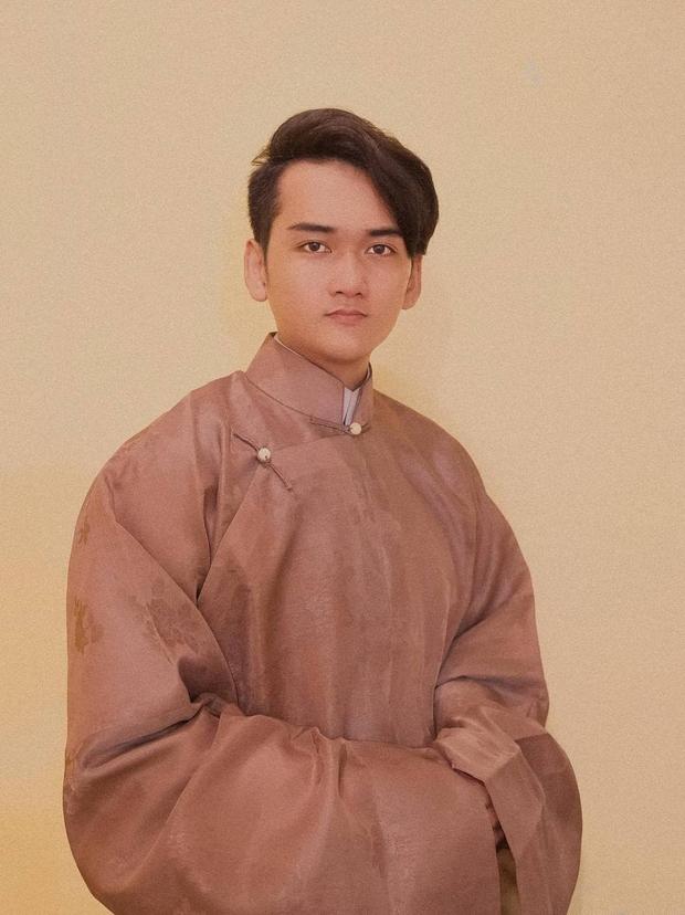 Kiếm của vua Thành Thái đã được bán với giá 50.000 USD, các nhà nghiên cứu Việt Nam đưa ra nghi vấn: Thực chất là hàng giả, không có giá trị? - Ảnh 11.