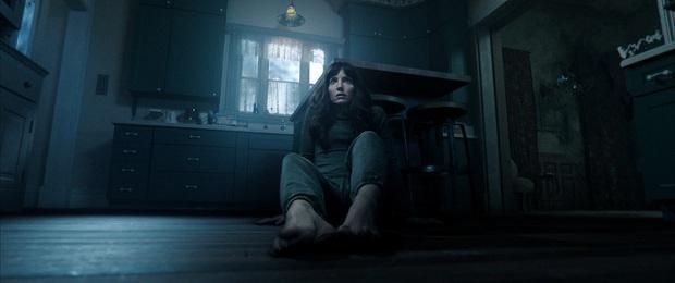 Thót tim phim kinh dị nhắm mắt thấy người chết từ bậc thầy ma quỷ của Hollywood, nữ chính từng đóng Annabelle làm netizen khiếp vía - Ảnh 2.