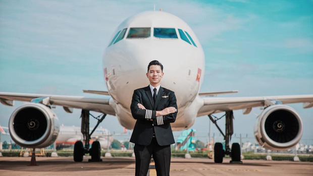 Cơ trưởng trẻ nhất Việt Nam đáp trả thế nào khi được hỏi làm nghề tiếp viên hàng không thì dễ ngoại tình? - Ảnh 1.